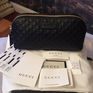 BNWT Authentic Gucci Black Beauty Pouch